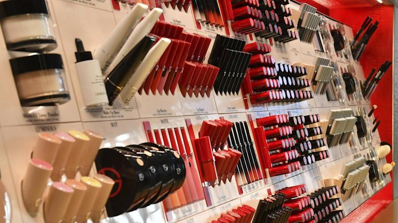 Cosmetics giant to quit David Jones