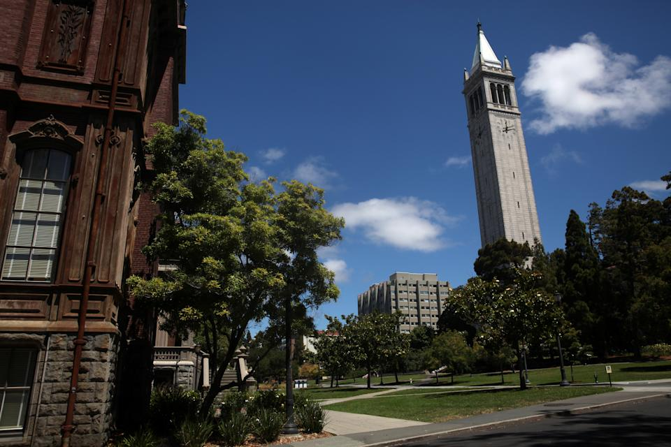 """The University of California, Berkeley which is also known as UC Berkeley offers free courses that can be accessed through the edX platform: <a href=""""https://www.edx.org/school/uc-berkeleyx"""" rel=""""nofollow noopener"""" target=""""_blank"""" data-ylk=""""slk:https://www.edx.org/school/uc-berkeleyx"""" class=""""link rapid-noclick-resp"""">https://www.edx.org/school/uc-berkeleyx</a>"""