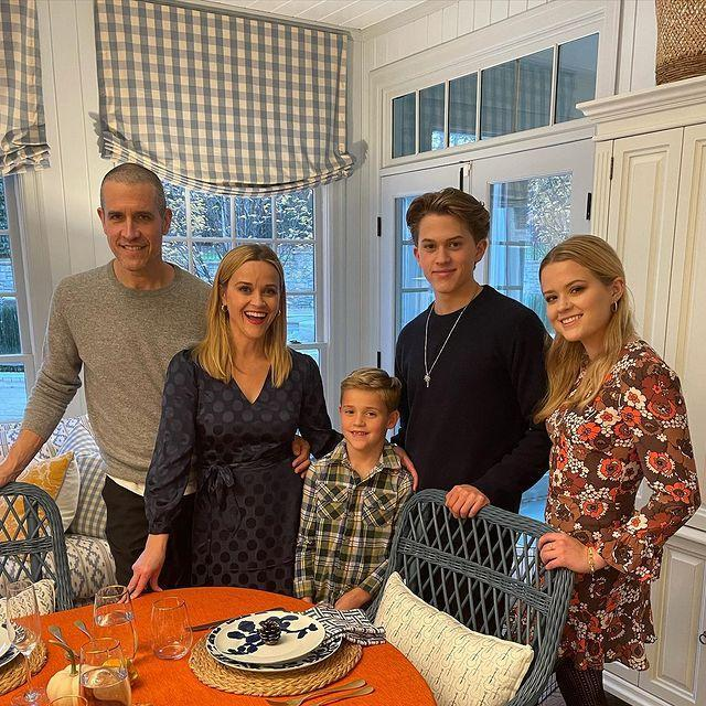 """<p>""""Happy Thanksgiving from our family to yours. ✨Feeling very grateful for all the frontline workers, medical workers and people who are caring for others today. And I'm deeply grateful for ALL of you! Sending my LOVE. 🦃🍁❤️.""""</p><p><a href=""""https://www.instagram.com/p/CIEikchASDd/"""" rel=""""nofollow noopener"""" target=""""_blank"""" data-ylk=""""slk:See the original post on Instagram"""" class=""""link rapid-noclick-resp"""">See the original post on Instagram</a></p>"""