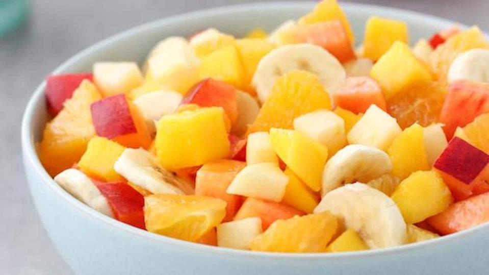 #HealthBytes: Best fruits to aid in your weight loss journey