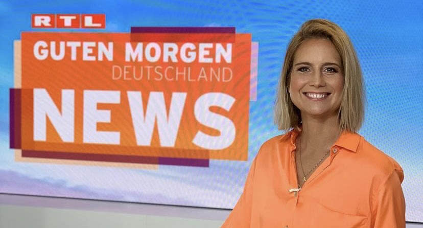 A picture from German TV reporter Susanna Ohlen's instagram account showing her on an RTL news set.  Source: Instagram/susannaohlen