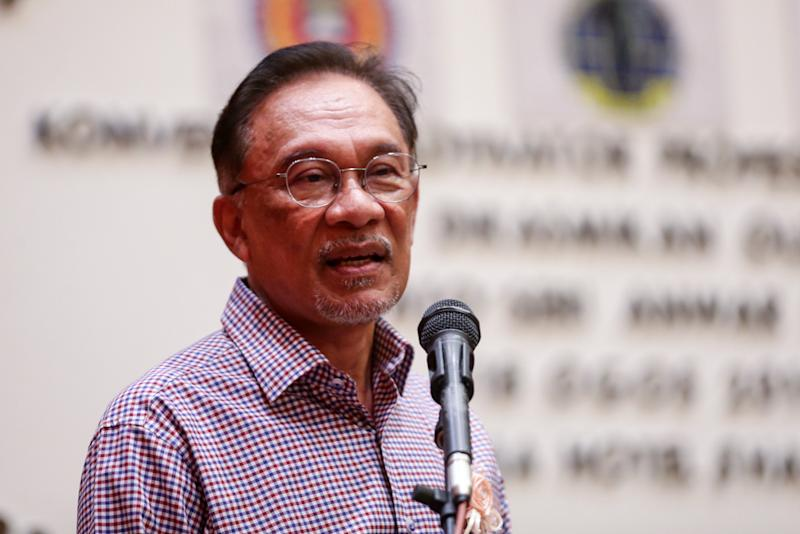 Anwar said that he supports the decision to allow the medical doctor turned preacher to continue staying here, since investigations against him are still ongoing. — Picture by Ahmad Zamzahuri
