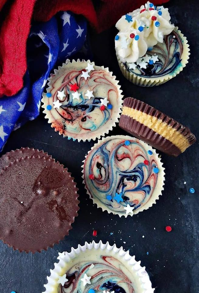 """<p> This red, white, and blue treat only requires a few simple ingredients: white chocolate, food coloring, creamy peanut butter, unsalted butter, and confectioners' sugar. </p> <p><strong> Get the recipe: </strong> <a href=""""http://easyanddelish.com/homemade-peanut-butter-cups-recipe/"""" target=""""_blank"""" class=""""ga-track"""" data-ga-category=""""Related"""" data-ga-label=""""http://easyanddelish.com/homemade-peanut-butter-cups-recipe/"""" data-ga-action=""""In-Line Links"""">homemade peanut butter cups</a> </p>"""