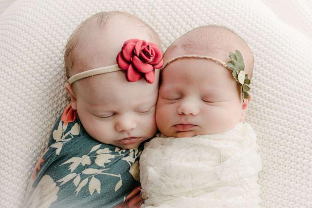 PHOTO: Sisters Ava Pierce and Everly Pierce were born just seven weeks apart. (Bella Sollé Photography)
