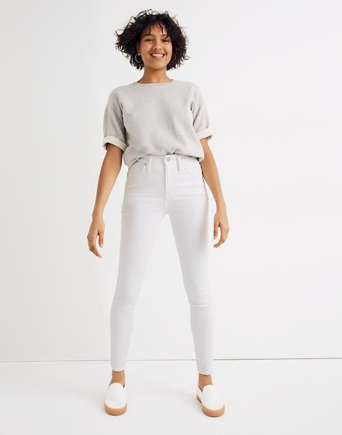 <p>Summer is here; celebrate the season with these white <span>Madewell Curvy High-Rise Skinny Jeans</span> ($128).</p>