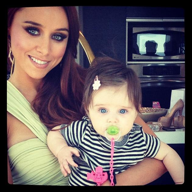 "Celebrity photos: The Saturdays' Una Healy has been separated from her daughter Aoife Belle over the past week as she flew back home to spend time with her dad, Rugby star Ben Foden. Una Healy tweeted this snap of her and Aoife Belle before they were parted, alongside the caption: ""@ben_foden look who's coming home to you this weekend!! She misses Daddy so much!!!"""
