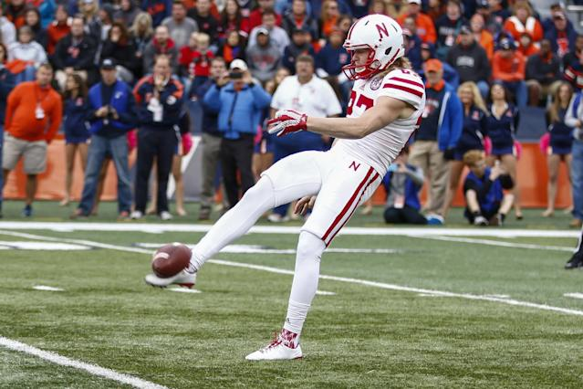 <p>Cause of death: Foltz was killed in a car crash on his way home from an offseason kicking camp in Wisconsin. Former Michigan State punter Mike Sadler also was killed and LSU kicker Colby Delahoussaye was injured in the accident. </p>