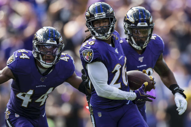 "The <a class=""link rapid-noclick-resp"" href=""/nfl/teams/baltimore/"" data-ylk=""slk:Ravens"">Ravens</a> defense is undoubtedly looking forward to welcoming the <a class=""link rapid-noclick-resp"" href=""/nfl/teams/cincinnati/"" data-ylk=""slk:Bengals"">Bengals</a> in Week 6. (Photo by Scott Taetsch/Getty Images)"