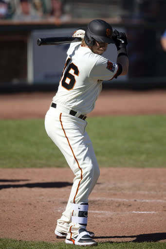 Giants beat Mariners again in road game playing at home