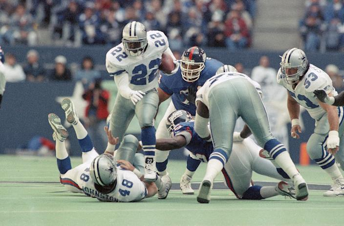 Hall of Famer Emmitt Smith pushed Cowboys owner Jerry Jones to the limit in a contract dispute in 1993. Smith won ... and so did the Cowboys overall that season. (AP)