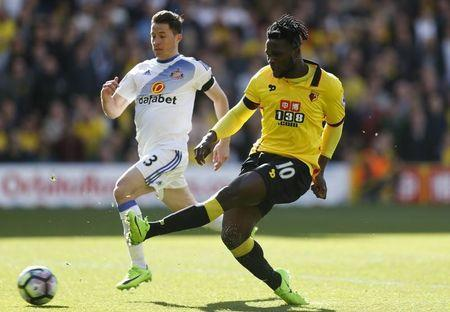 Britain Soccer Football - Watford v Sunderland - Premier League - Vicarage Road - 1/4/17 Watford's Isaac Success in action with Sunderland's Bryan Oviedo Action Images via Reuters / Matthew Childs Livepic