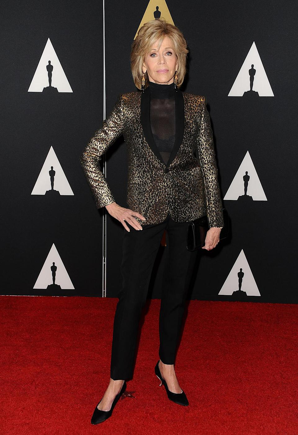 <p>Jane Fonda attends the 7th annual Governors Awards wearing a shimmery gold and black suit on November 14, 2015 in Hollywood, California. (Photo: Getty Images) </p>
