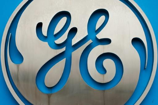 GE earnings fall ahead of CEO transition