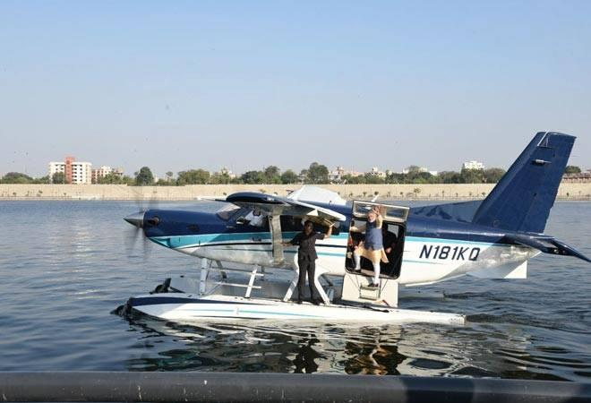 Last Saturday, SpiceJet conducted a successful trial flight of a  seaplane that landed at the Girgaon Chowpatty in Mumbai, in the presence  of Union Minister for Civil Aviation Ashok Gajapthi Raju and the Union  Minister for Road Transport and Highways, Shipping and Water Resources  Nitin Gadkari.