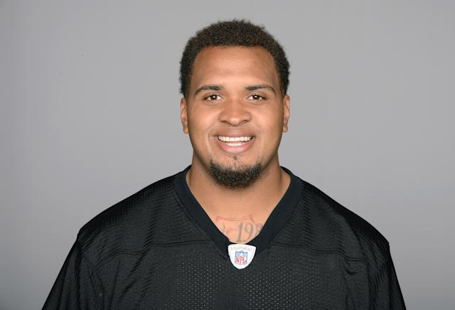 FILE - This is a 2014 file photo of Pittsburgh Steelers NFL football center Maurkice Pouncey. The Steelers have signed Pouncey to a five-year extension that will keep the three-time Pro Bowler as the anchor of the offensive line for the rest of the decade. The new deal averages $8.8 million per season, making Pouncey the highest-paid center in the NFL. (AP Photo/File)