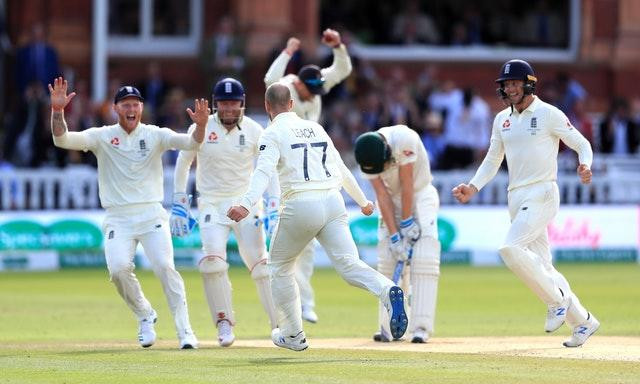 Jack Leach struck in the first over after tea