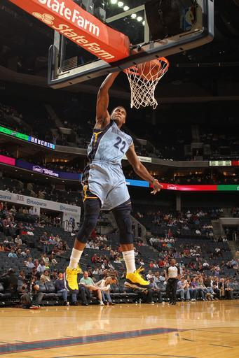CHARLOTTE, NC - APRIL 20: Rudy Gay #22 of the Memphis Grizzlies dunks against the Charlotte Bobcats at the Time Warner Cable Arena on April 20, 2012 in Charlotte, North Carolina. (Photo by Brock Williams-Smith/NBAE via Getty Images)