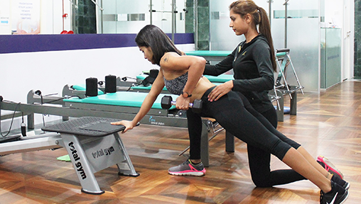 Get Toned with the Fittest Personal Trainers in Singapore