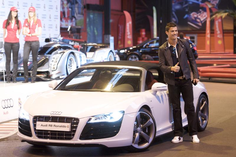 MADRID, SPAIN - OCTOBER 20: Real Madrid player Cristiano Ronaldo receives a new Audi car at Carlos Sainz Center on October 20, 2011 in Madrid, Spain. (Photo by Juan Naharro Gimenez/Getty Images)