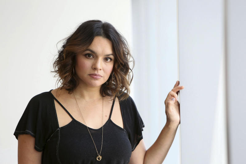 "In this Oct. 6, 2016 photo, Norah Jones poses for a portrait to promote her new album ""Day Breaks"" in New York. (Photo by Amy Sussman/Invision/AP)"