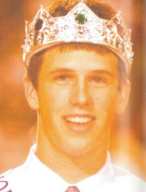 Yup, Buster Posey was homecoming king — USA Today via Lee County High School