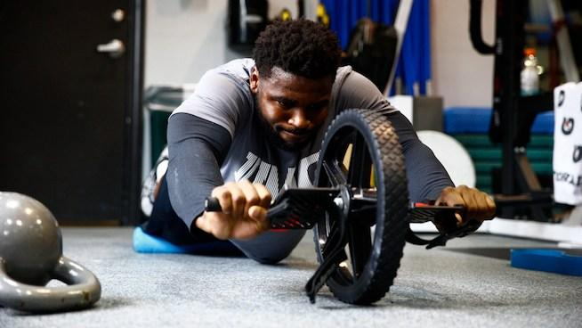Terrance West Ab Wheel Rollout