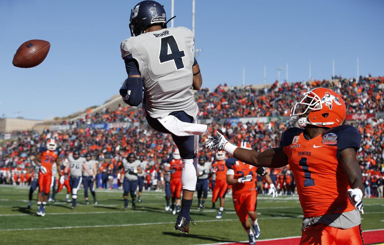 Utah State suspends 3, including top WR