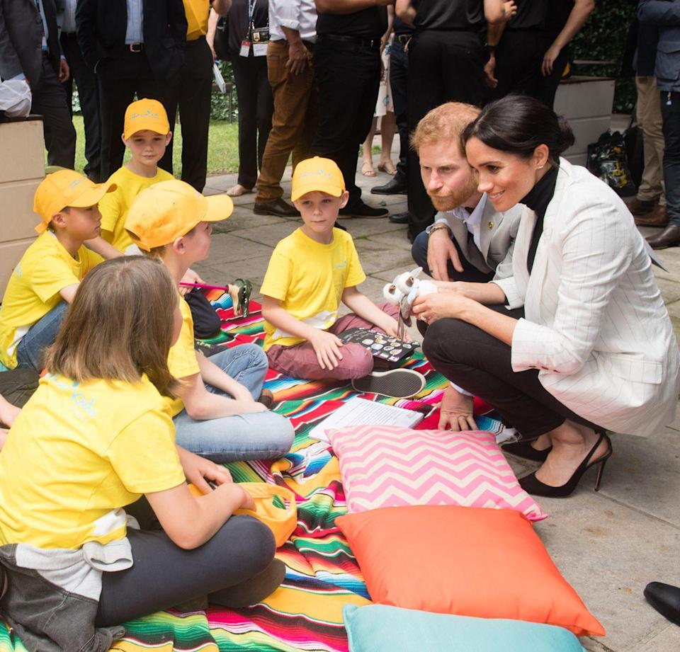 <p>Harry and Meghan chatted to a group of children in Sydney Australia towards the end of their time in the country.</p>