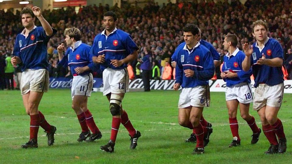 French players thanks the crowd for their support | Odd Andersen/Getty Images