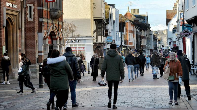 Retailers 'face £137m bill increase' after rise in business rates