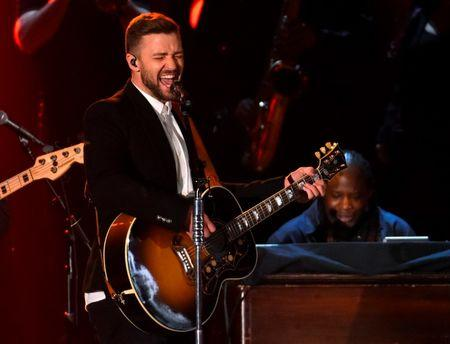 Timberlake canta no Country Music Association Awards em Nashville