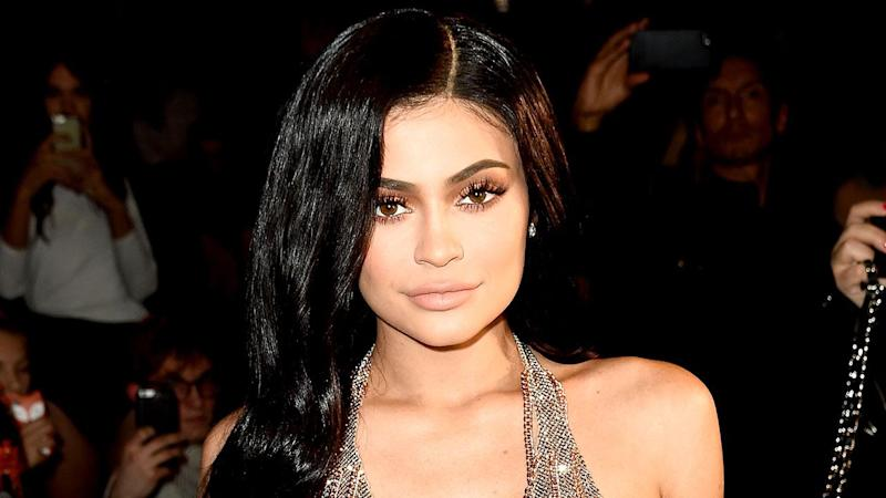 Pregnant Kylie Jenner Shows Off Her Slim Waist in Photo Shoot Throwback -- See the Pic!