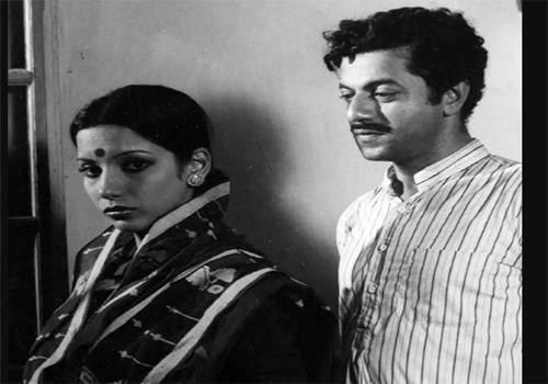 Shabana and Girish Karnad in Swami
