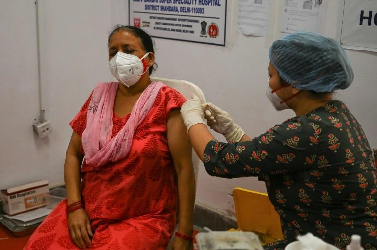 Death and infection rates have been rising exponentially throughout April in India