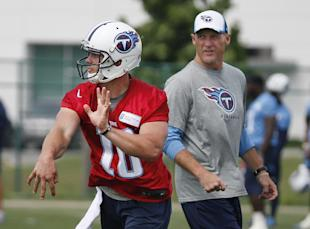 Ken Whisenhunt observing his next project (AP Photo/Mark Humphrey)