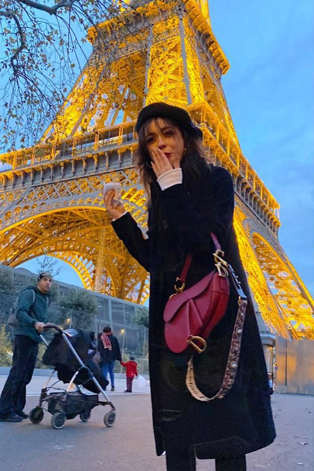 """<p>""""A girl, her crêpe, and the Eiffel Tower: A Series ✨"""" wrote the <a href=""""https://people.com/tag/sarah-hyland/""""><em>Modern Family</em>actress</a> after posing for <a href=""""https://www.instagram.com/p/B5AtbWFlJxP/?igshid=gx2lhuptayw7"""">photos</a> in front of the lit-up Eiffel Tower while in Paris with her fiancé <a href=""""https://people.com/tag/wells-adams/"""">Wells Adams</a>.</p>"""