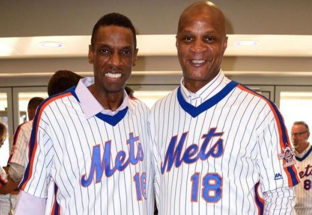 Dwight 'Doc' Gooden (left) and Darryl Strawberry (right) during a recent Mets' reunion. (AP)