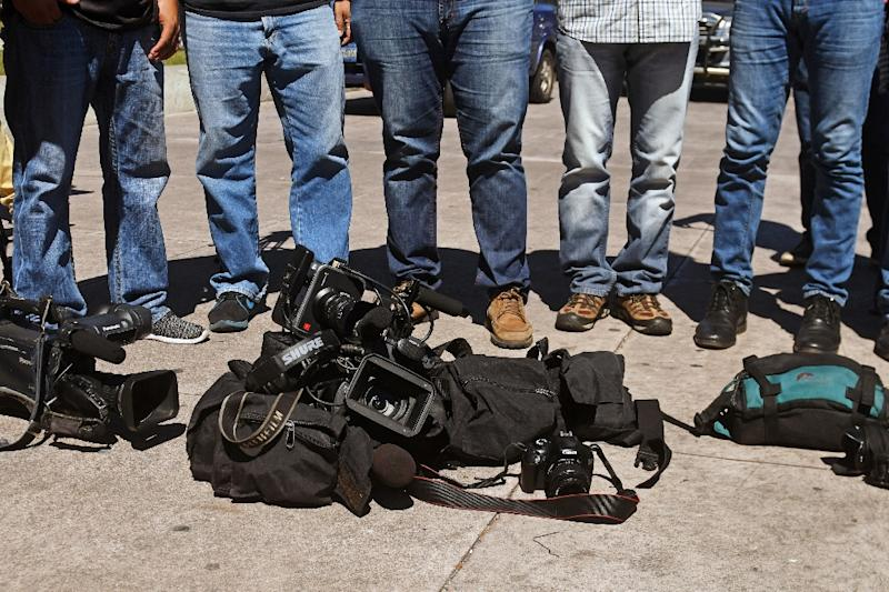 Salvadoran journalists demand justice after the murder of a colleague in San Salvador in November 2017