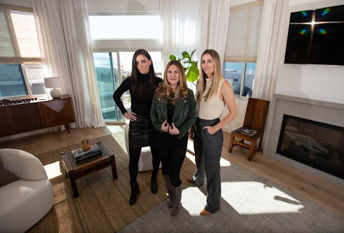 """Los Angeles, CA., January 29, 2020 - Jenna Rochon, Kelli Granello and Lauren Schneider, partners at Transition State, a full-service design studio and boutique label, pose for a portrait on Wednesday, January 29, 2020 in Manhattan Beach, California. With diverse expertise in the fashion, commercial, and residential luxury market, Transition State has carved out a niche for those that value collected style with a signature sense of laid back luxury. (Jason Armond / Los Angeles Times) <span class=""""copyright"""">(Jason Armond/Jason Armond/Los Angeles Times)</span>"""