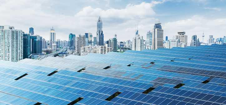 A large solar power display in the city.