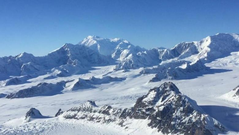 Argentine climber rescued after 4 days stranded on Yukon's Mount Logan