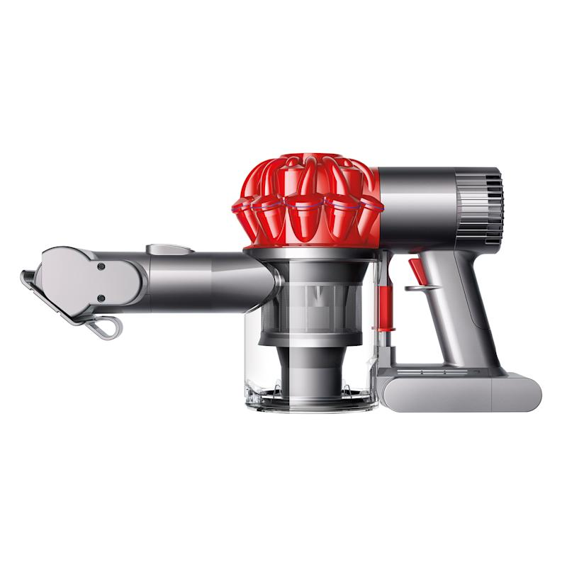 This Dyson V6 is now on sale! (Photo: Walmart)