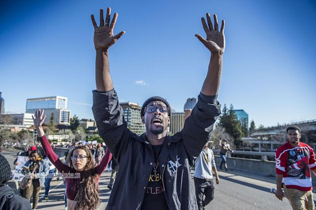 <p>Black Lives Matter supporters walk on to the northbound Interstate 5 on-ramp from I street during a rally for Stephon Clark, a man that was shot by Sacramento Police Sunday night on southbound Interstate 5 near Old Sacramento, Calif., on Thursday, March 22, 2018. (Photo: Hector Amezcua/TNS via ZUMA Wire) </p>