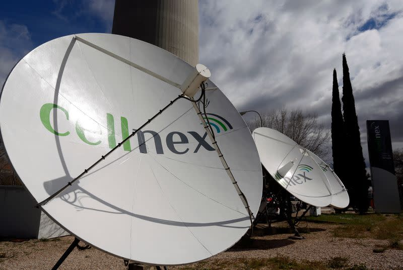 Spain's Cellnex hikes 2020 guidance but expects losses