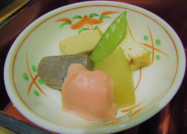 Five-colored cooked food platter with seasonal ingredients