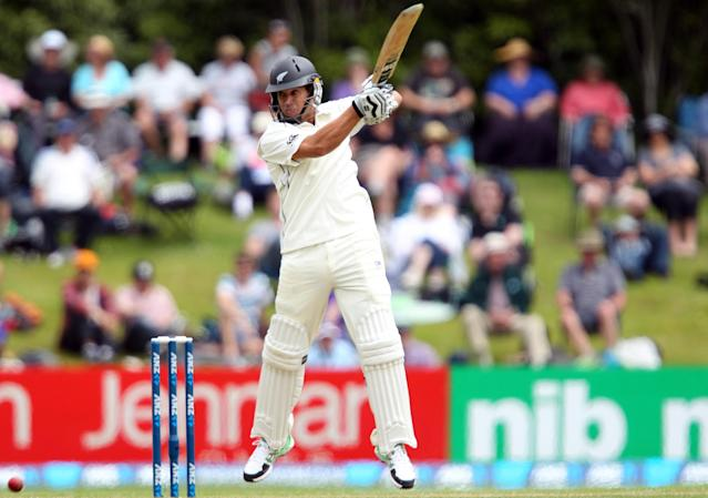 DUNEDIN, NEW ZEALAND - DECEMBER 03: Ross Taylor of New Zealand bats during day one of the first test match between New Zealand and the West Indies at University Oval on December 3, 2013 in Dunedin, New Zealand. (Photo by Rob Jefferies/Getty Images)