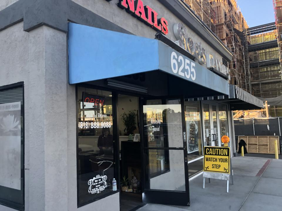 A nail salon and See's Candies store surround the new Amazon grocery store in Woodland Hills, Los Angeles (Photo: Melody Hahm)