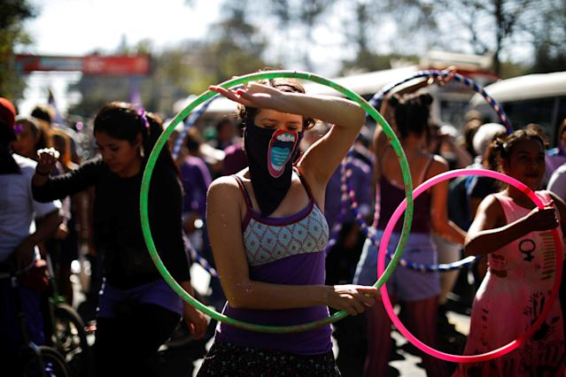 <p>Activists participate in a march to call for an end to violence against women during International Women's Day in San Salvador, El Salvador, March 8, 2018. (Photo: Jose Cabezas/Reuters) </p>