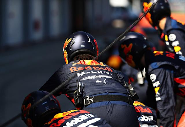 "Red Bull Racing practica pitstops <span class=""copyright"">Red Bull Content Pool</span>"