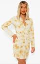 """<p><a href=""""https://fr.boohoo.com/robe-chemise-froncee-tie-dye/FZZ22332.html?color=165"""" rel=""""nofollow noopener"""" target=""""_blank"""" data-ylk=""""slk:38,00 €"""" class=""""link rapid-noclick-resp""""><strong>38,00 € </strong></a></p>"""